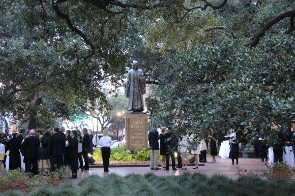 wesley-statue